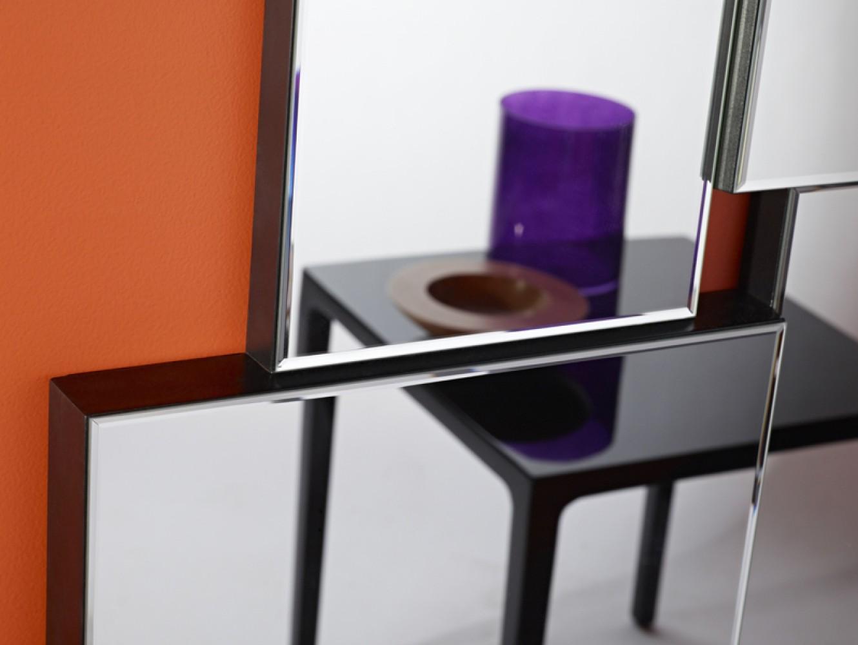 Miroir moderne criss cross d couvrez mobiliers miroirs for Miroir moderne