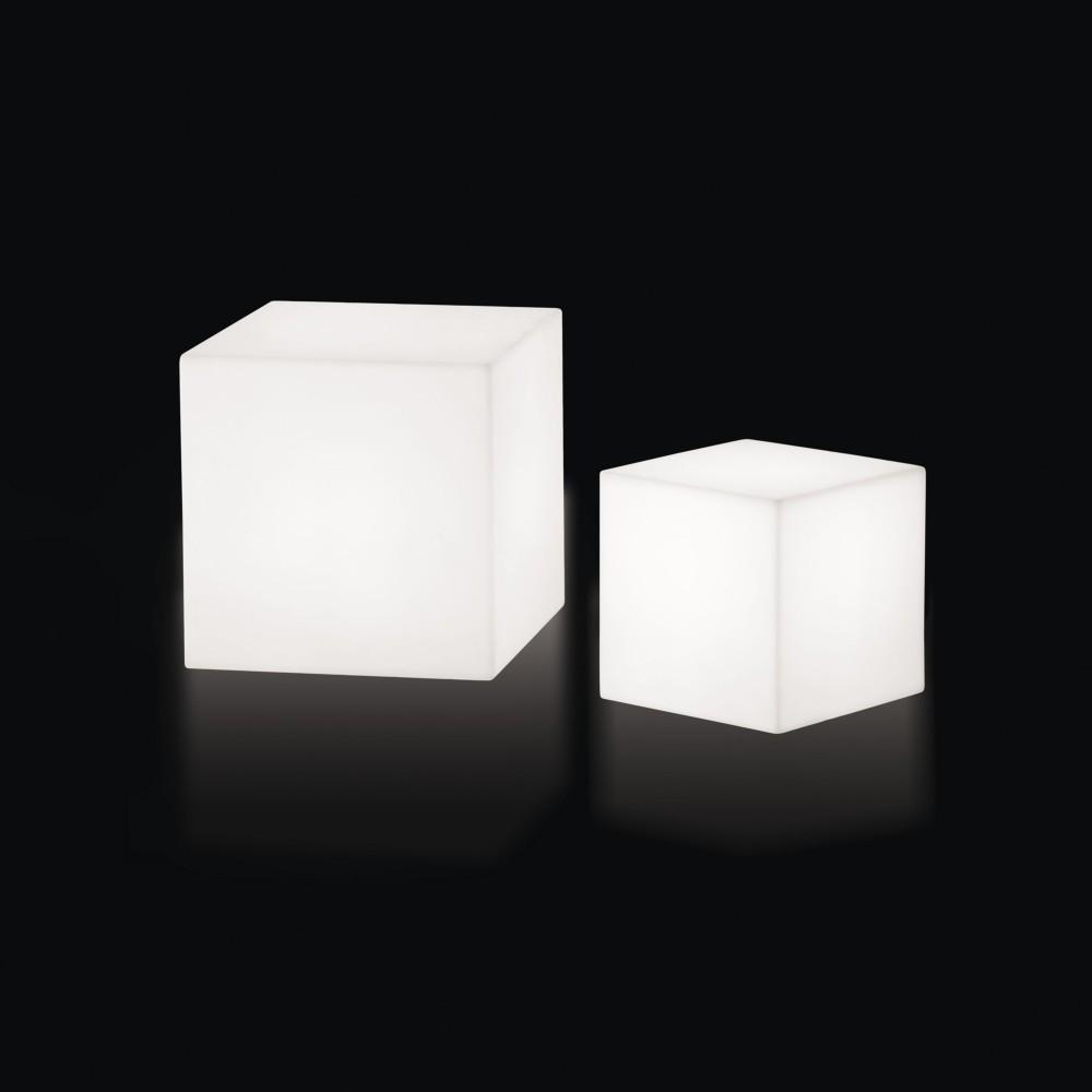 cubo 30 mobilier lumineux d couvrez luminaires d 39 ext rieur jeancel luminaires. Black Bedroom Furniture Sets. Home Design Ideas